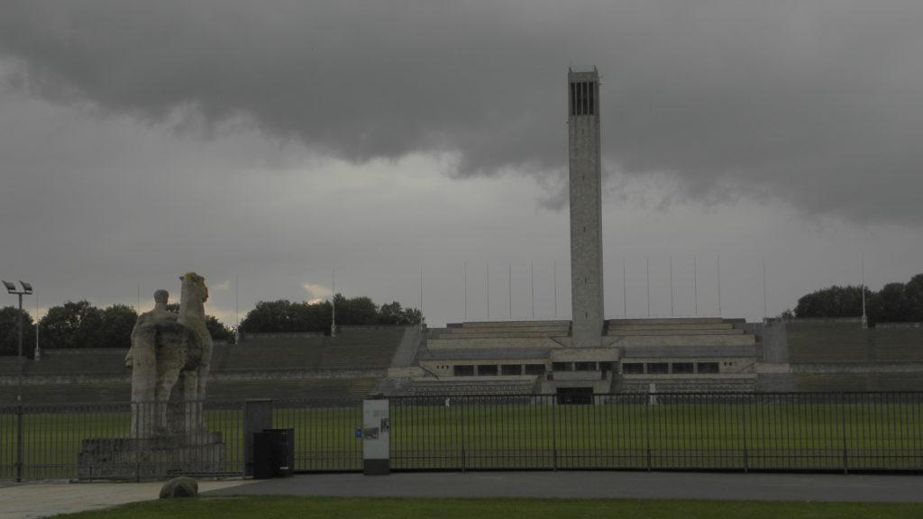 Zdjęcie ciemne, ale padał deszcz; zresztą, może tak powinno być...